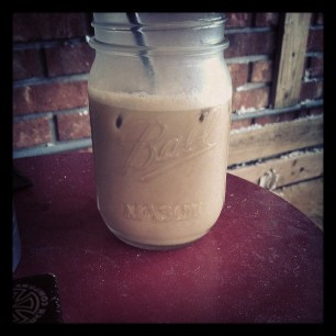 iced coffee in a mason jar. its summertime, folks.