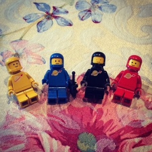 digging through my old lego collection at my folks house, found Benny and his buddies.