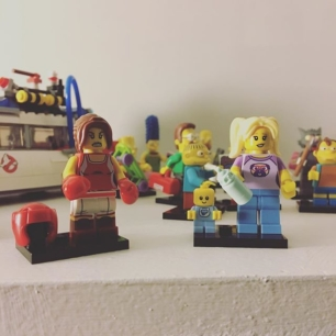 some new random minifigs for the collection